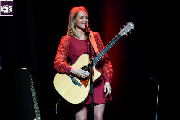 Jewel @ Avalon Ballroom (Inside the Fallsview Casino) Niagara Falls, Ontario 1-12-17
